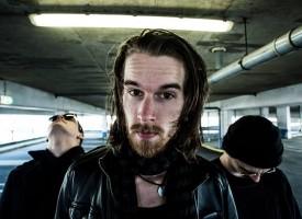 Thijs Heij is het debiele broertje van de Nederlandstalige muziekfamilie