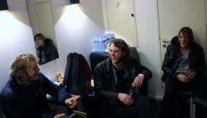 Birth Of Joy met Gutman in het midden, Paradiso backstage, foto: Ingmar Griffioen