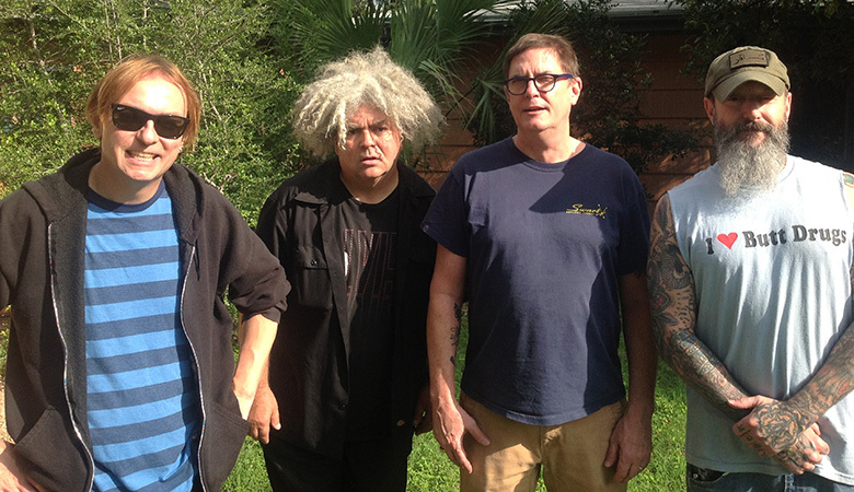 (The) Melvins met links Dale Crover en daarnaast Buzz Osborne