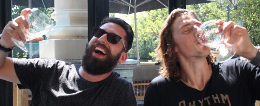 """Brother and Bones: """"Als je een hit probeert te schrijven loop je altijd achter"""""""