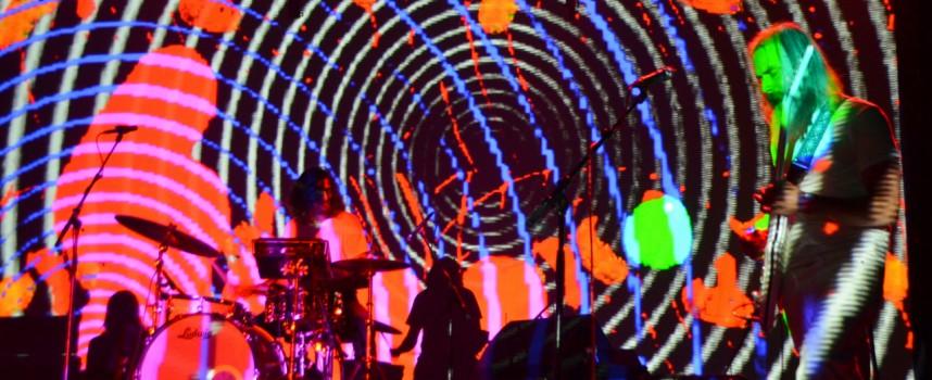 Desertfest: Zweden Dozer en Monolord domineren openingsdag