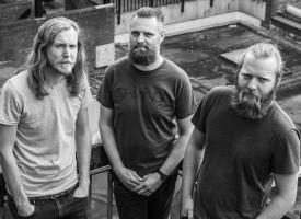 Primeur: WOLVON cassette-EP, knetterhard en melodieus voorproefje tour en album