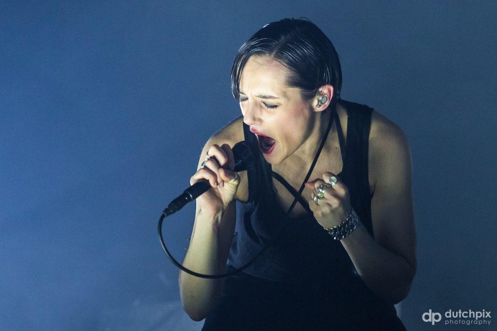 Jehnny Beth, foto Jan Rijk