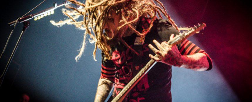 Korn verblijdt TivoliVredenburg met oldschool nu metal