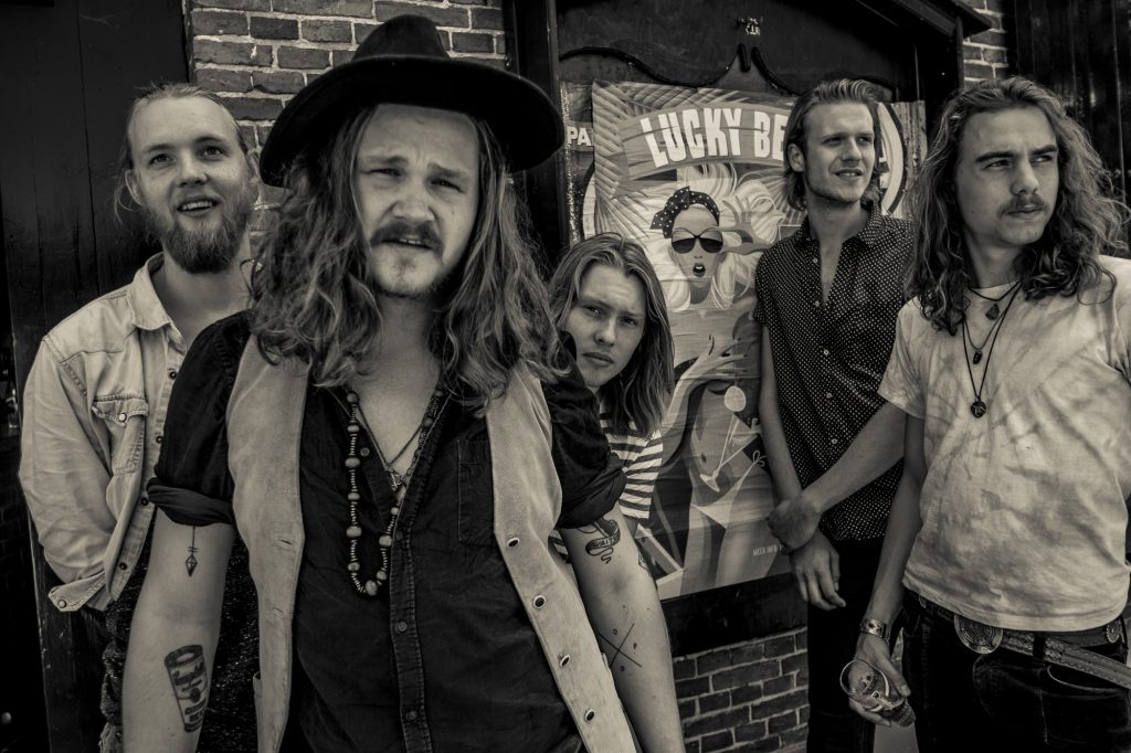 Supporting NMTH en het Verre Oosten: The Grand East