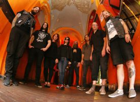 Tweede geluid van de nieuwe Crippled Black Phoenix: Winning A Losing Battle