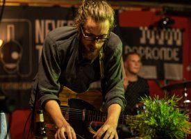 27 NMTH-acts op Popronde Utrecht, Tilburg, Den Haag en Harderwijk, 3-klappers in Little Devil en Estrado