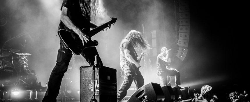 Waanzin in 013 met Meshuggah's Metal 2.0