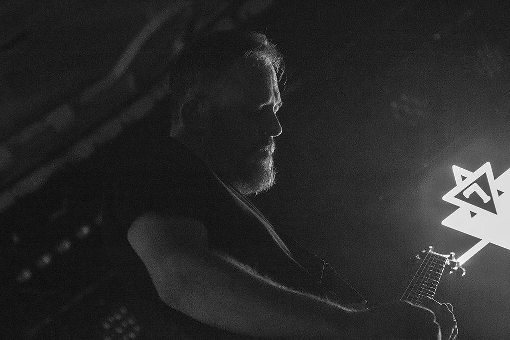 Hemelbestormer op Into Darkness, foto Oscar Anjewierden