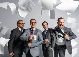 'Kantoor-punkrockband' Code Of Conduct skate naar kantoor en Bastard Fest