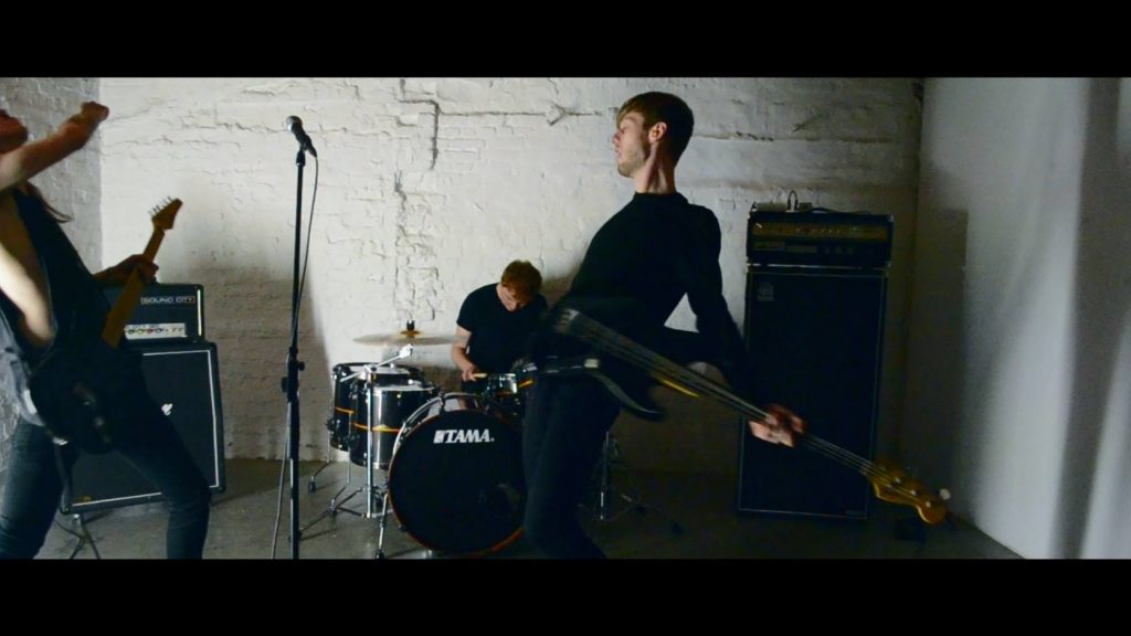 """Every Stranger Looks Like You - still uit """"Catharsis (Self-Help)"""" video,"""