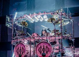 Weergaloos Dream Theater betovert publiek met 3 uur durend spektakel