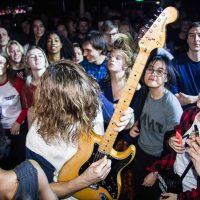 Seksuele intimidatie en de wereld staat in de fik: Interview met Vant over debuutplaat Dumb Blood