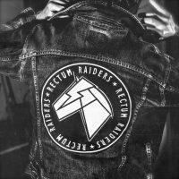 Black rippin' en blue ballin' met debuutalbum Rectum Raiders