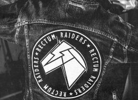Albumprimeur: Rectum Raiders met een gierende heavy metal turboglam-plaat
