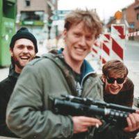 Baby Galaxy doet een noisy sessie en vertelt over Groningen, Popronde, trivia, reislust en de Duitse Steve Albini