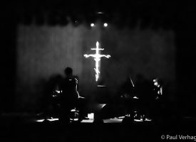 In 1 Beeld: Amenra Afterlife in Effenaar