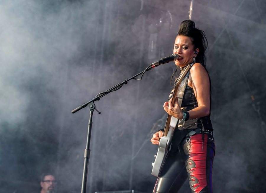 Evanescence op Graspop, foto Rob Sneltjes