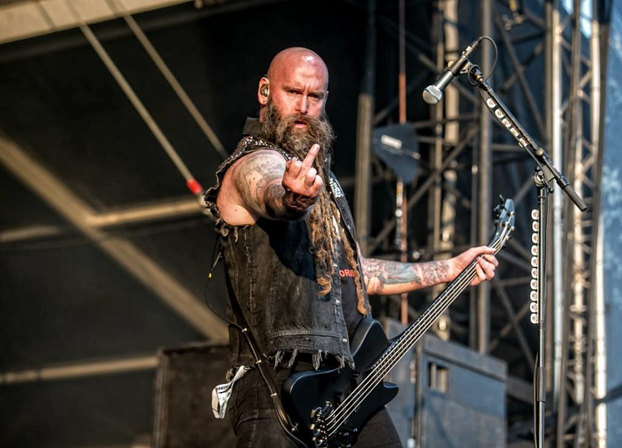Five Finger Death Punch op Graspop, foto Rob Sneltjes