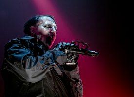 In 1 Beeld: Marilyn Manson in TivoliVredenburg