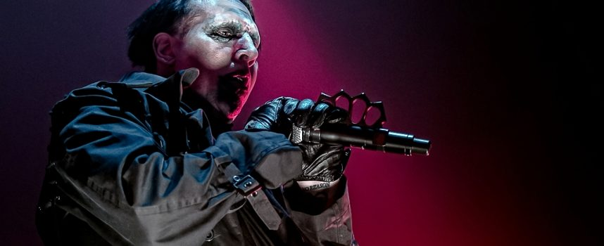 In 1 Beeld: Marilyn Manson in TivoliVredenburg