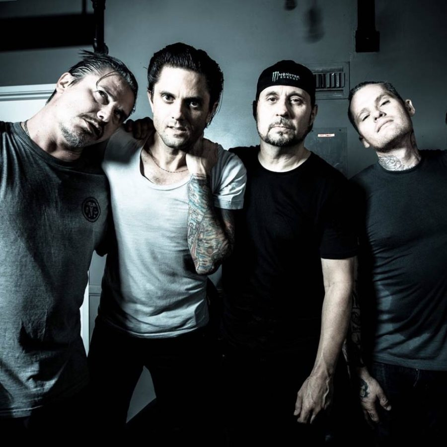 Mike Patton, Justin Pearson, Dave Lombardo en Michael Crain van Dead Cross. foto: Rich Cook