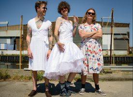 Popronde-tip: Switch Bones gaat voor Rokjesdag en Zwarte Cross-dressing