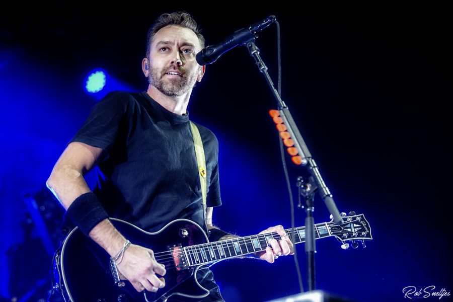 Tim McIlrath van Rise Against in AFAS Live, foto: Rob Sneltjes