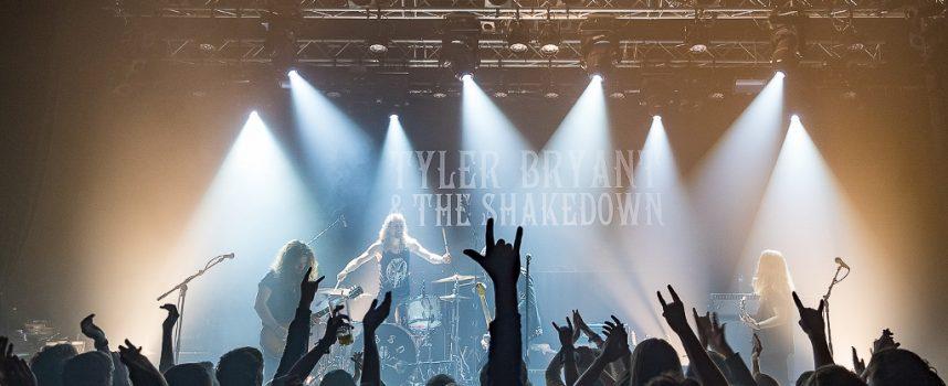 Steve's Saga: Tyler Bryant & The Shakedown, RUV en The Muff in De Helling