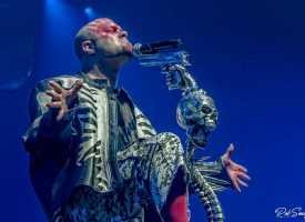 In 1 Beeld: Five Finger Death Punch in AFAS Live