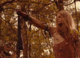 Video: DOOLs oudste wapen The Alpha krijgt rituele bosvideo