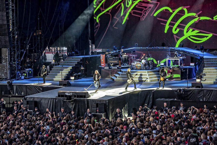 Guns N' Roses op Graspop, foto Rob Sneltjes