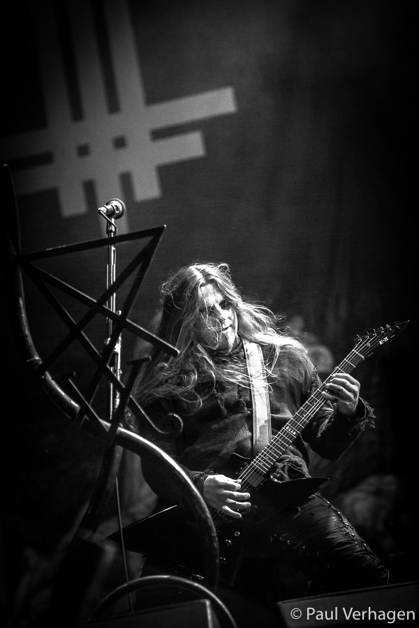 Behemoth op Into The Grave, foto Paul Verhagen