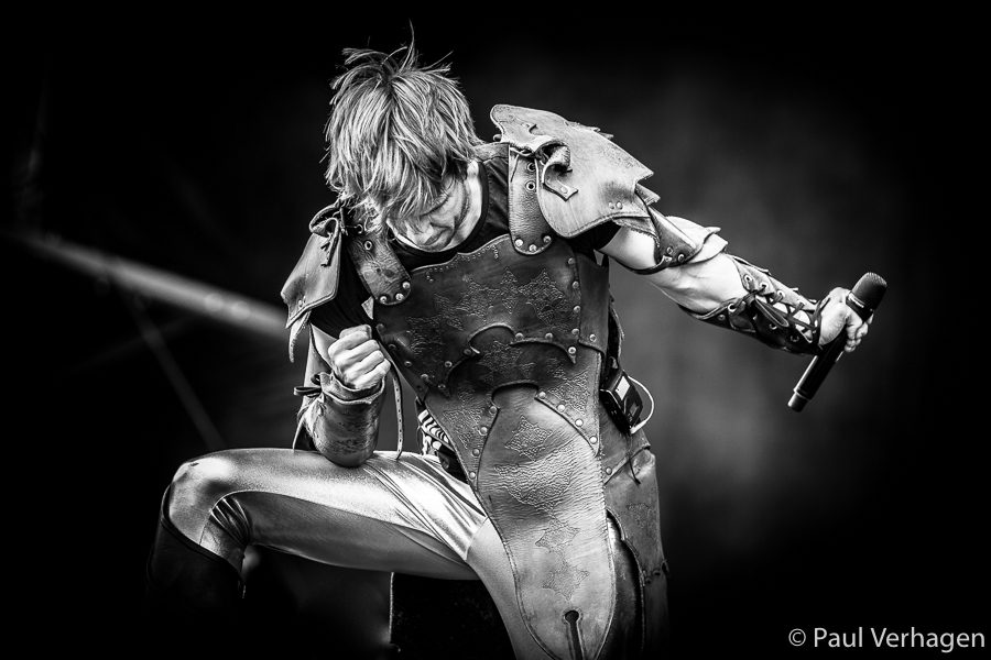 Gloryhammer op Into The Grave, foto Paul Verhagen