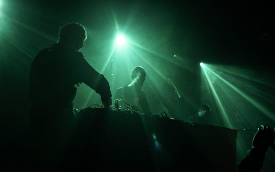 Gnod op Fuzz Club Eindhoven, foto Justina Lukosiute