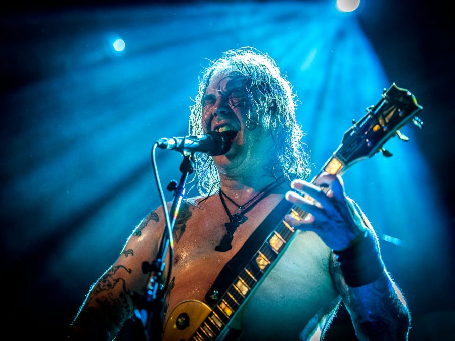High on Fire in Mezz, Breda. Foto Roy Wolters