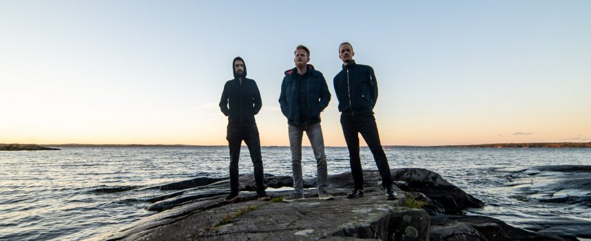 Tourverslag: Friese post-hardcoreband Cosmute in Finland