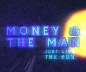 Video: 'trekkies' Money & the Man kussen de zon