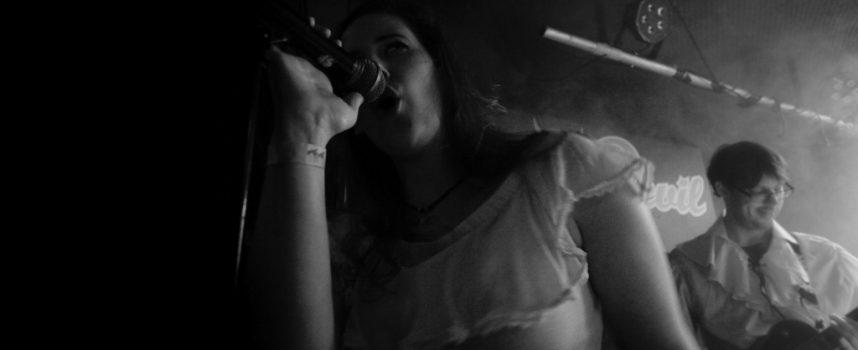 Tilburgse veteranen en Eindhovense talenten op extreem metalfestijn in Little Devil