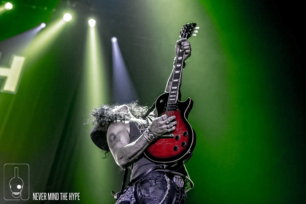 Slash ft. Myles Kennedy and the Conspirators in AFAS Live, foto Rob Sneltjes