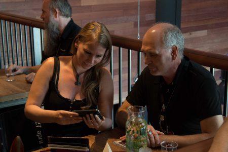 Janneke de Rooy (AltarEgo) op Buma ROCKS! met Inferno-directeur Jan-Martin Jensen, foto Mark van Schaick