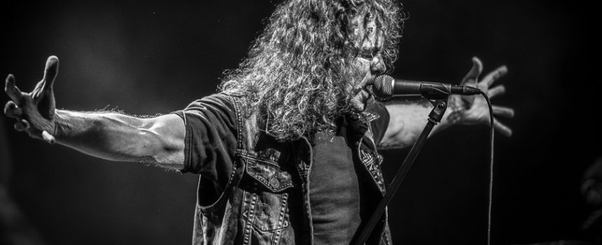 Een Overkill aan Destruction met Flotsam and Jetsam in Effenaar