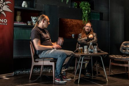 Gaahl interviewed: the staring contest has started, photo Mark van Schaick