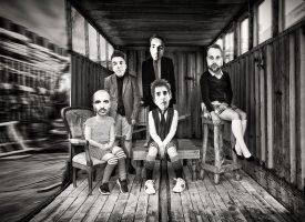 Spookachtig SPIRITBOX viert Halloween met nieuwe video We Skinned a Ghost (For Pleasure)