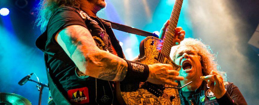 Driedubbele dosis thrash in Tivoli met Testament, Exodus en Death Angel