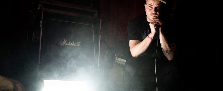 Donderdagmiddagbangers: 6 nieuwe releases met o.a. Peaks, ZALM, Azijnpisser en All Doomed