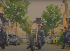 Video van de Week: The Scorpion Trail gaat van deur tot deur met Heartbreak Lemonade