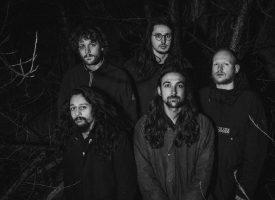 Primeur: Tartarus brengt Throwing Bricks' debuut op vinyl uit met deze brute bonustrack