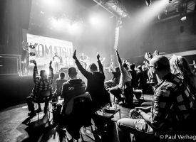 In Beeld: 3 x verplaatste Komatsu albumpresentatie in Effenaar